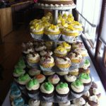 cupcakes in tower multiple colors