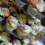 garden flower close up cupcake