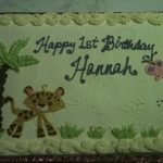 giraffe on baby shower cake